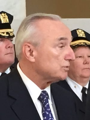 New York City Police Commissioner William Bratton