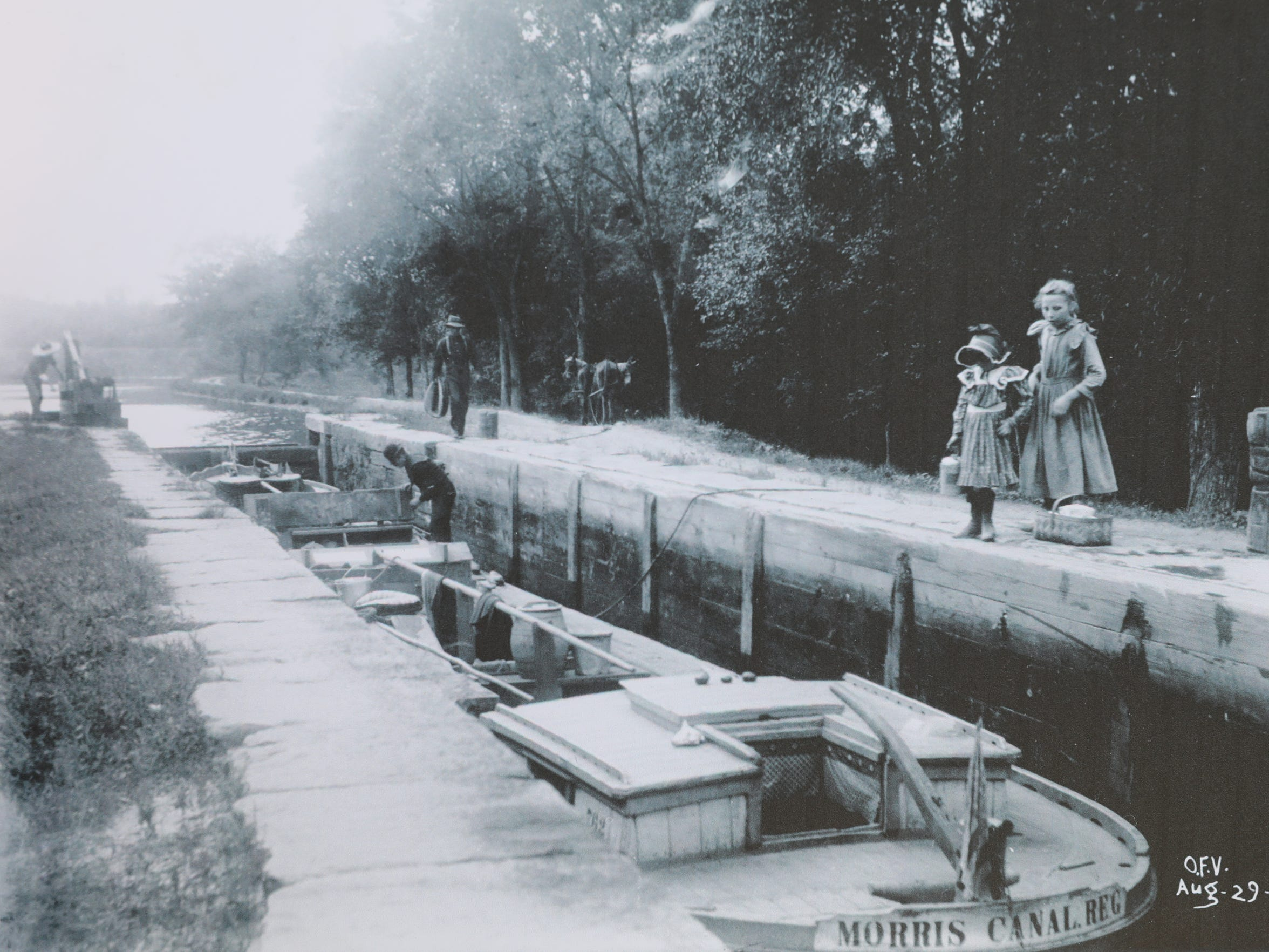 Lock 2 East on the Morris Canal around 1904.