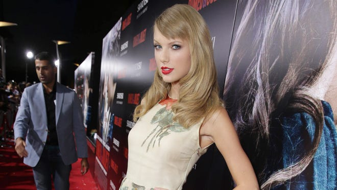 Taylor Swift attends the premiere of Swarovski Entertainmentís first film ROMEO & JULIET on Tuesday, Sept. 24, 2013 in Hollywood, Calif.