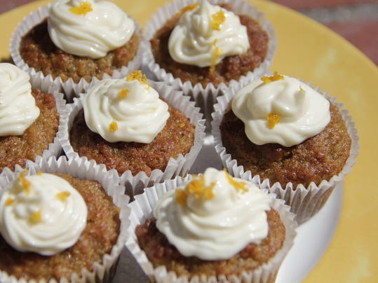Food Healthy Mini Quinoa Carrot Cakes