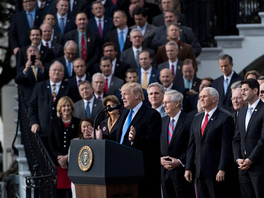 TOPSHOT-US-POLITICS-TRUMP-TAX-REFORM