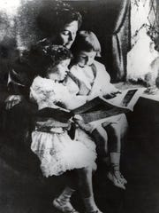 Anne Dallas Dudley with her children