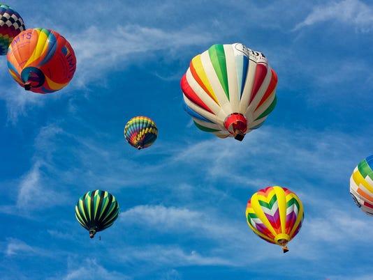 balloon photo mass pretty brilliant blue sky