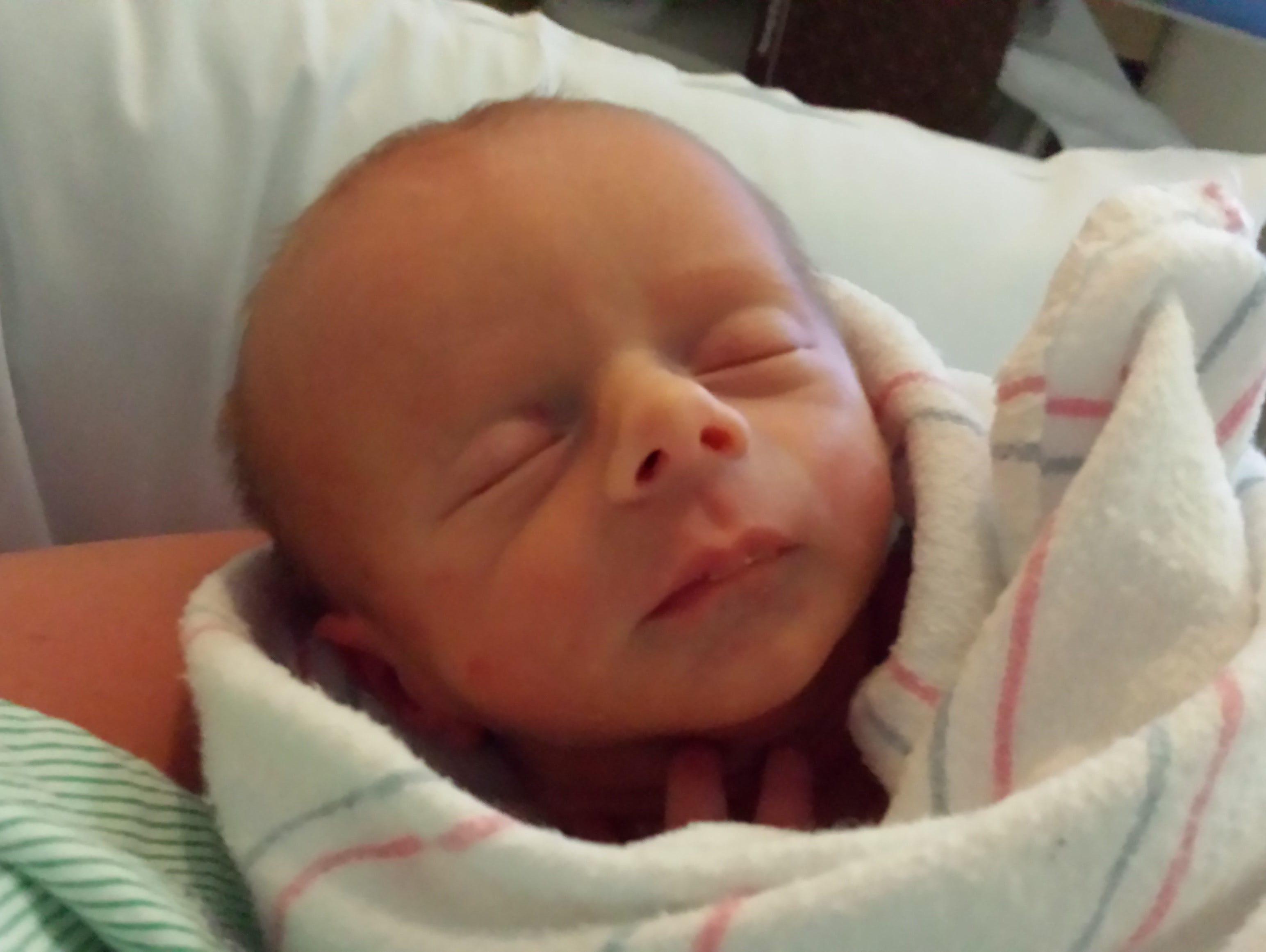 Benjamin Smalls Ellis Querry, born July 27, 2016.