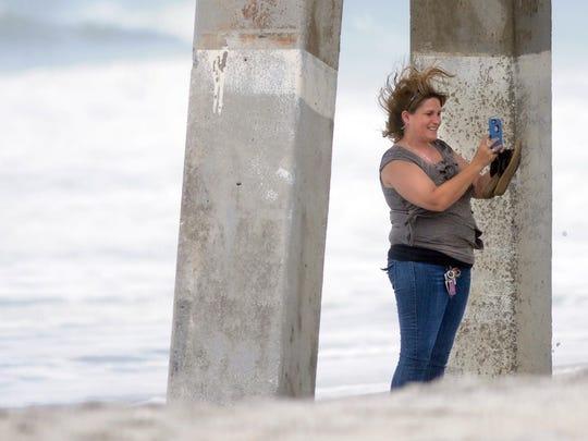 Deborah Cox takes a selfie underneath Johnnie Mercer's