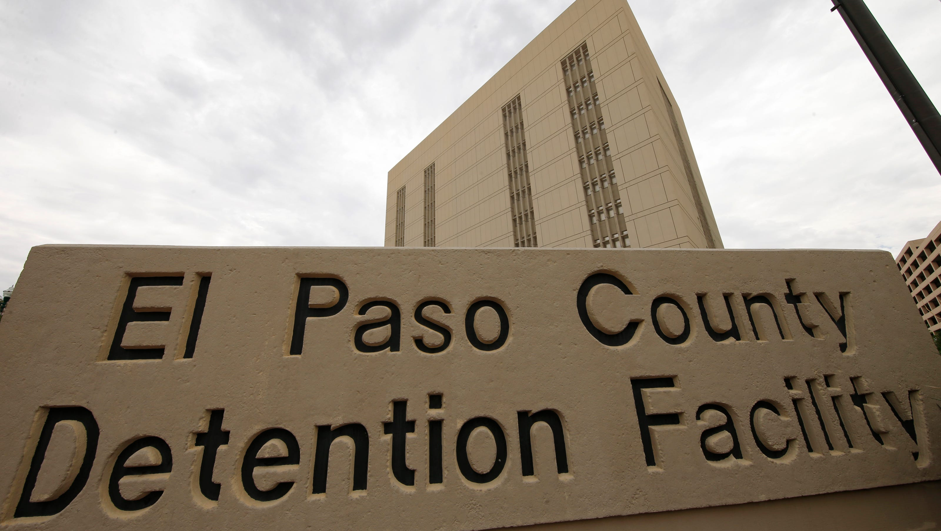 El Paso Jails See Spike Since Jeff Sessions Immigration Crackdown