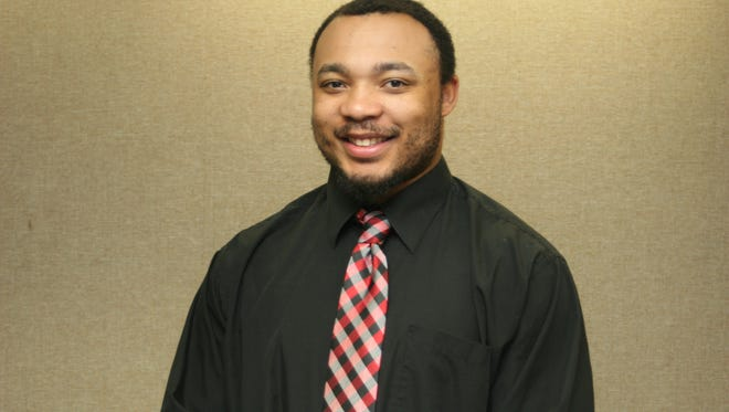 Cortez Carter has been added to the Lawrence University football coaching staff.