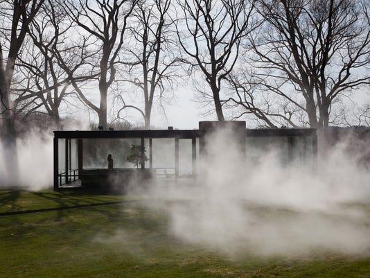-Homes-Glass House-Fog.JPEG-0507c.jpg_20140430
