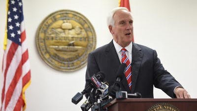 Tennessee Attorney General Herbert Slatery wrote a letter to federal transportation officials sent Thursday, joining other state leaders in trying to convince the U.S. Department of Transportation that the state still fits requirements to not lose out on $60 million in road funds.