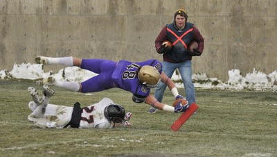 Carroll College's Eric Dawson scores a touchdown last season. The former CMR star is one of the top returning players in the Frontier Conference.