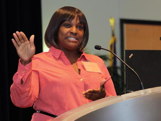 Shareece Lee speaks at Schoolcraft College in Livonia