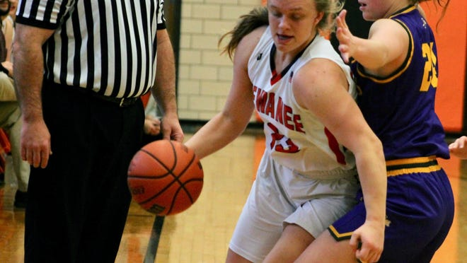 Kewanee guard Gracey Damron drives down the sideline against a Farmington defender during their first meeting of the season on Dec. 14. The two schools open the Class 2A regional on Monday at Brockman Gymnasiuim.