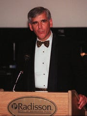Stewart Putnam, President of St. Mary's Hospital speaks to the crowd at the 41st annual Seton Ball at Radison Hotel Saturday night, November 23, 1996. (Staff Photo/Jiro Ose)