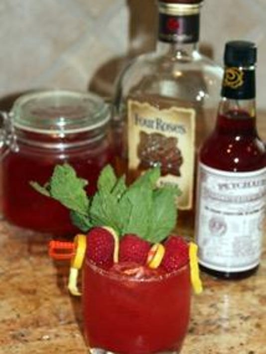 Summer Bourbon Cocktail 1