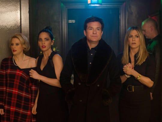 """Kate McKinnon, Olivia Munn, Jason Bateman Jennifer Aniston in """"Office Christmas Party"""