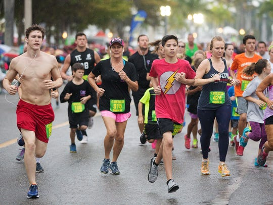 Hundreds of runners compete in the Edison Festival
