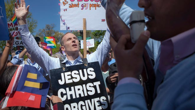 Protesters for and against same-sex marriage outside the Supreme Court