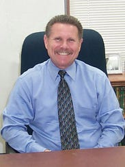 Moorpark is looking for a successor to City Manager Steve Kueny, who announced in August that after 33 years in the position, he plans to retire in March 2018.