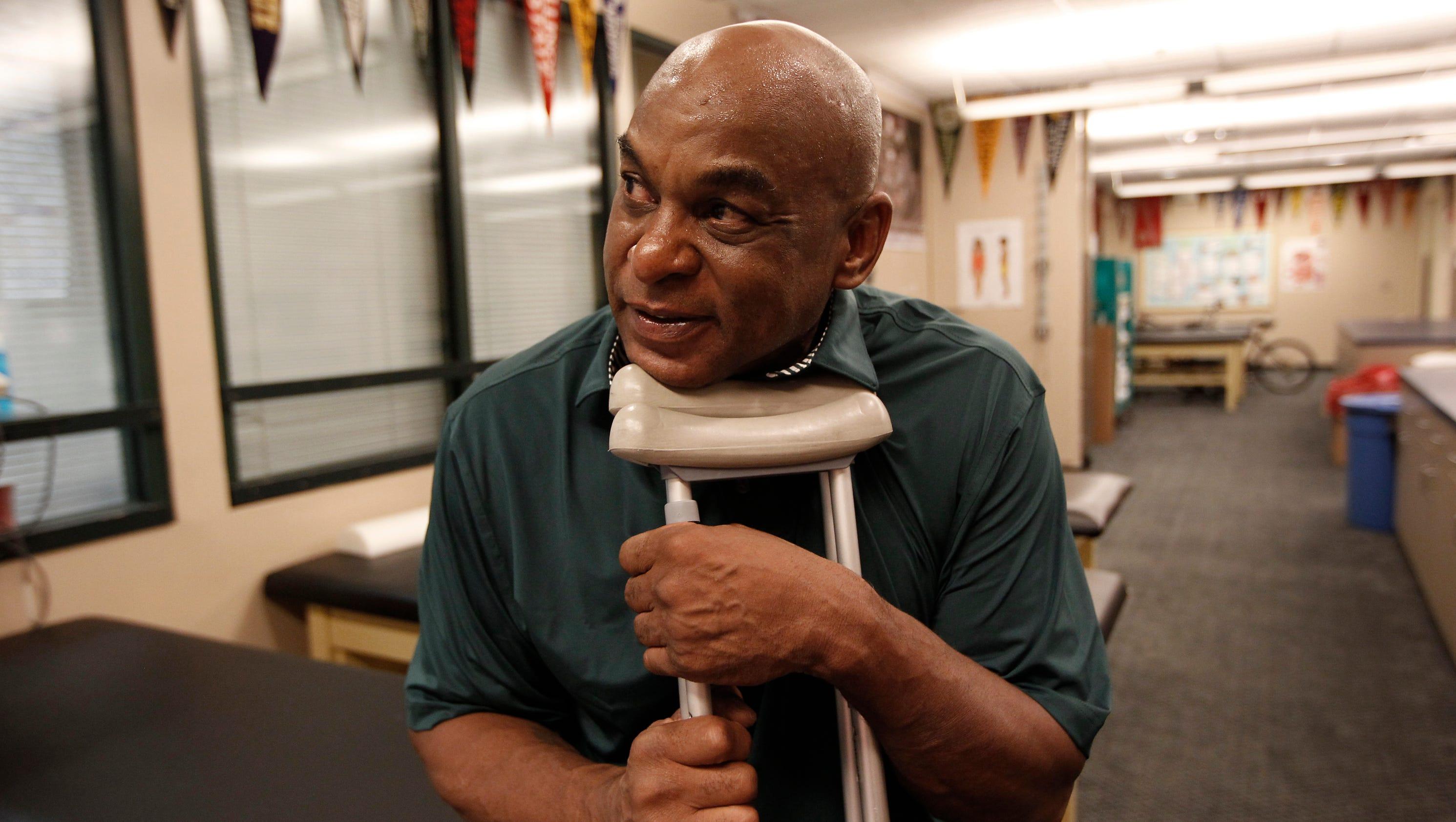 Ex Bengal Reggie Williams fighting to save his leg