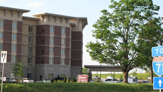 Courier-Journal photo Drury Inn & Suites is a recent addition. One of the more recent new suburban hotels is a 137-room Drury Inn & Suites in the 9500 block of Brownsboro Road, near the Gene Snyder Freeway.