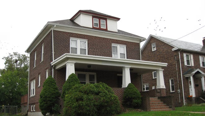 This all-brick four-bedroom Colonial in the Edgar Hill section of Woodbridge has been updated in the last four years with a new kitchen, new appliances and an updated bath.