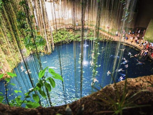 Cenote Ik-Kil, Mexico