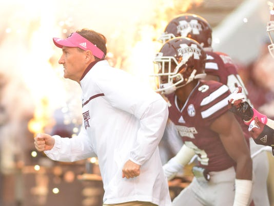 NCAA Football: Troy at Mississippi State