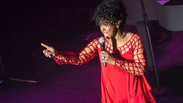 Gladys Knight goes old school at Pabst Theater