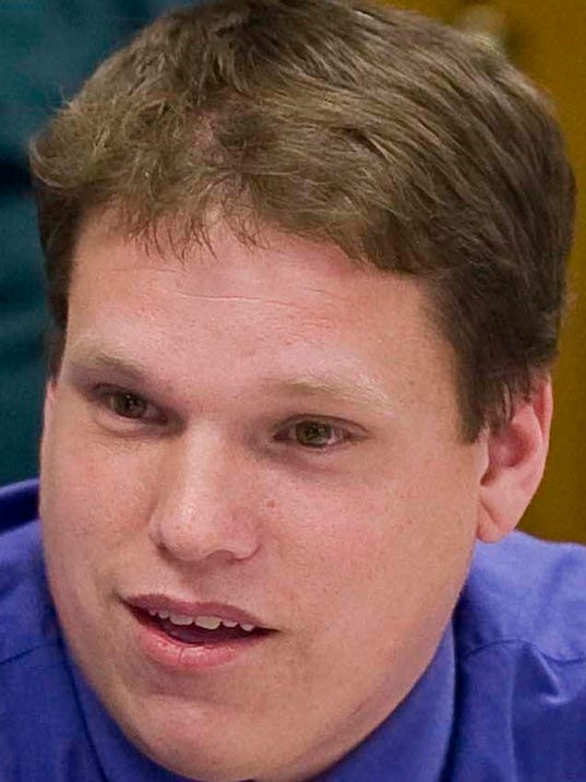 Pelishek, Chad (2).jpg