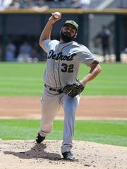 Tigers pitcher Michael Fulmer delivers against the White Sox at Guaranteed Rate Field on May 27, 2017 in Chicago.
