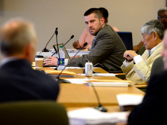 City council discuss a vote of no confidence for Eric Olson