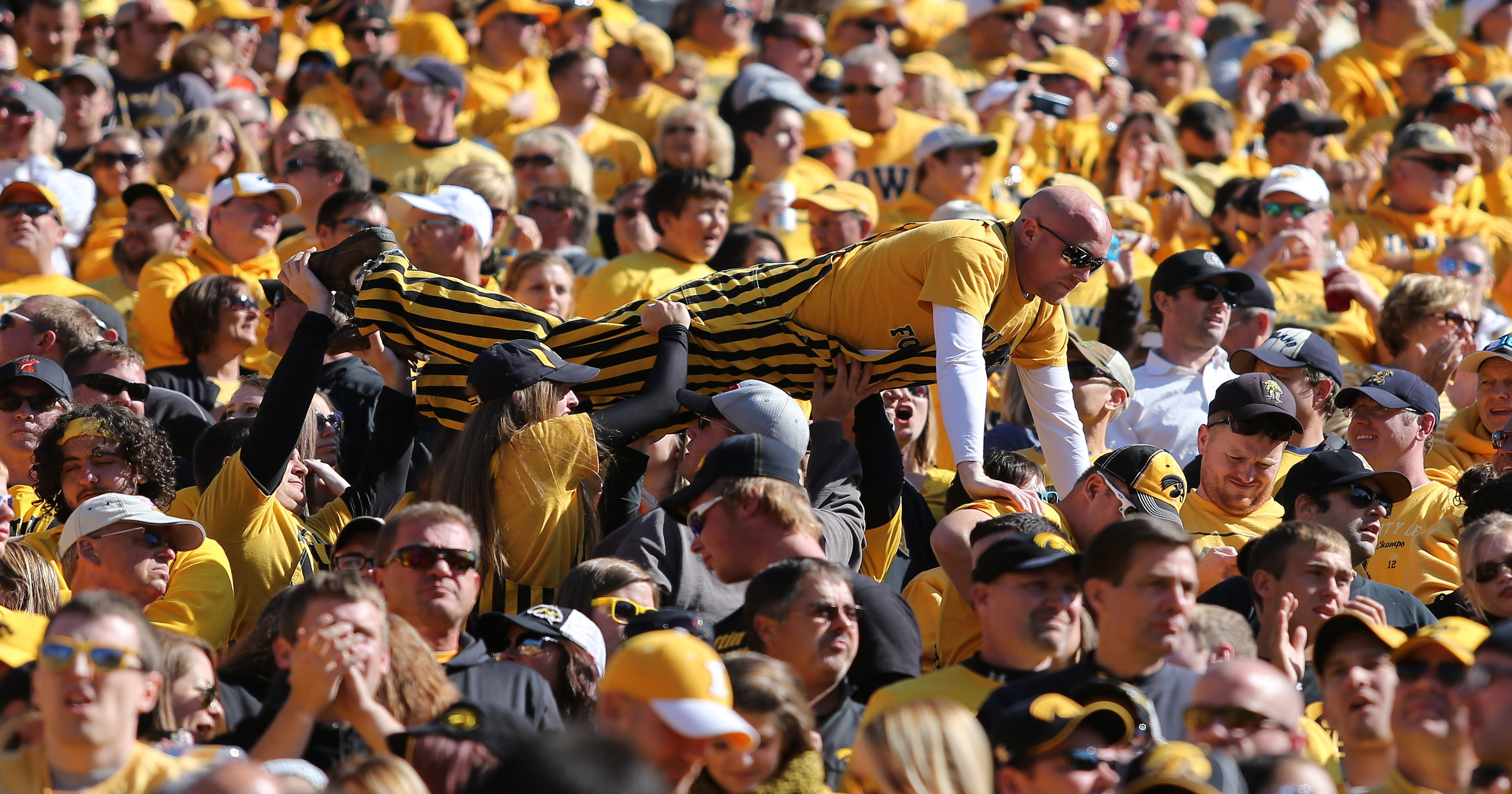 Plan to boost cell service at Hawkeyes games hits new snag