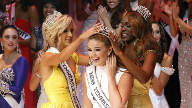 Hope Stephens was crowned 2016 Miss Tennessee USA Saturday by newly crowned 2016 Miss Tennessee Teen USA Savannah Chrisley, left, and 2015 Miss Tennessee USA Kiara Young.