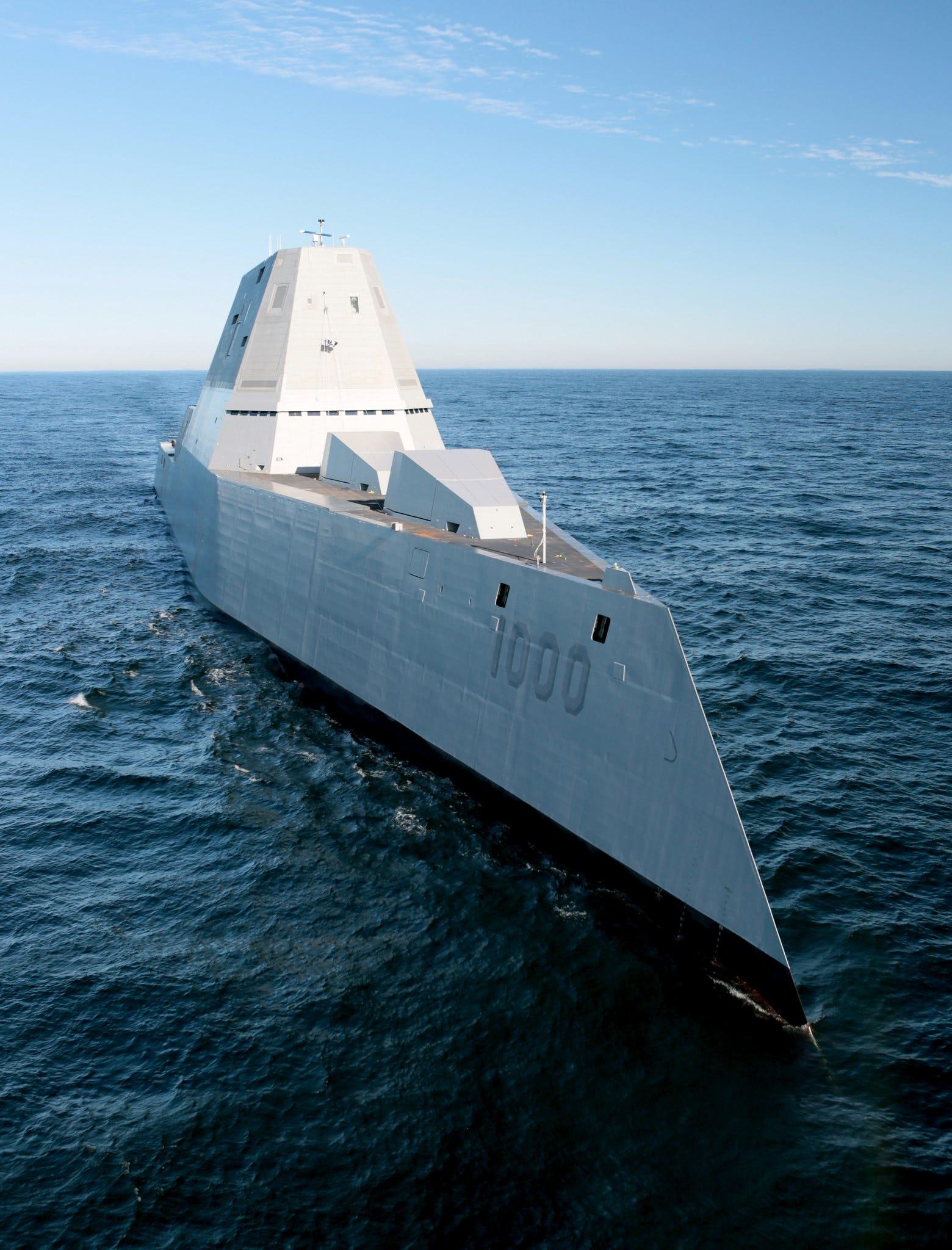 USS Zumwalt (DDG 1000) vertical & Zumwalt Commissioning Committee | USS ZUMWALT