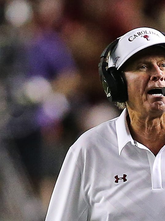 "Spurrier: ""Not Planning On Tossing In The Towel"""