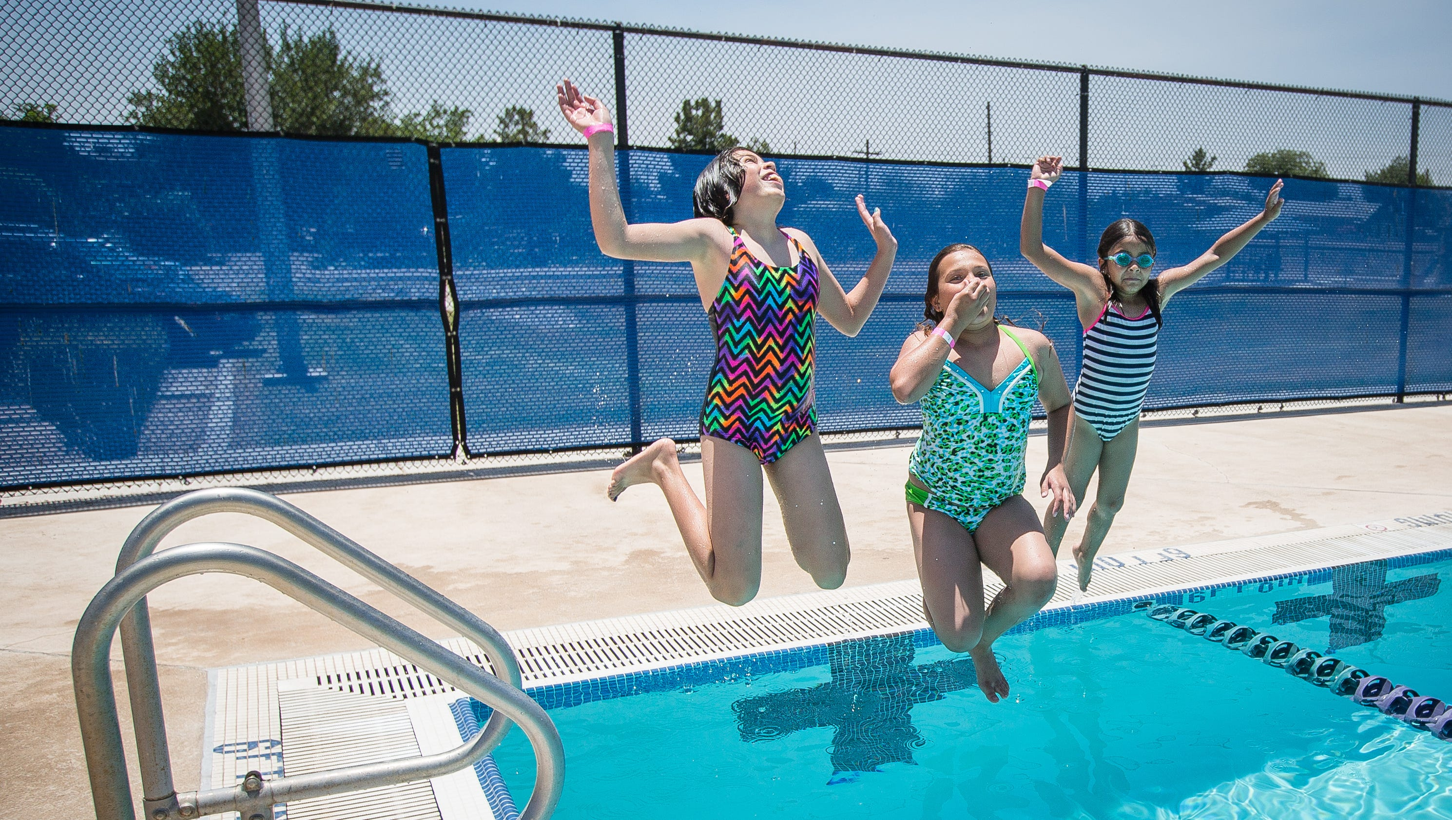 City Schedules Free Swim Days At Outdoor Pools