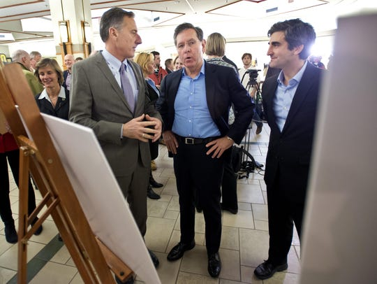 Burlington Town Center mall owner Don Sinex (center)