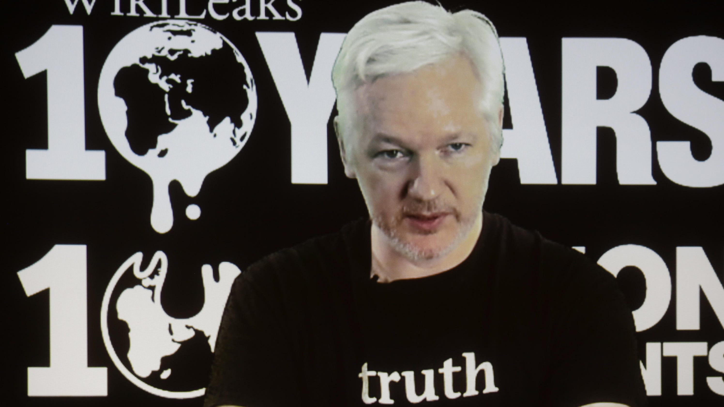 Created At 2016 11 07 1751 Bpoi The Colours Of Indonesia Tees Black Theguardiancom Swedes To Interview Assange In London