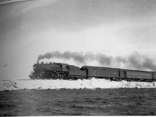 Locomotive on Causeway001