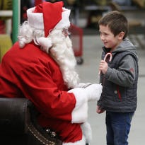 Christmas in the Country lights up Sublimity for the holidays