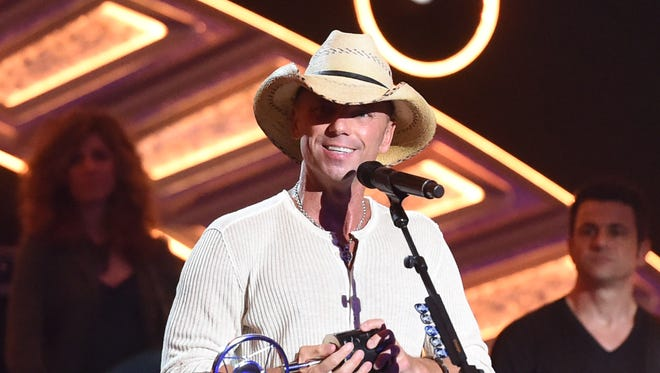 Kenny Chesney kicks off his 2015 Big Revival Tour on Thursday at Bridgestone Arena in Nashville, Tenn., and has revealed some details of what fans can expect when the tour comes to Lambeau Field on June 20.