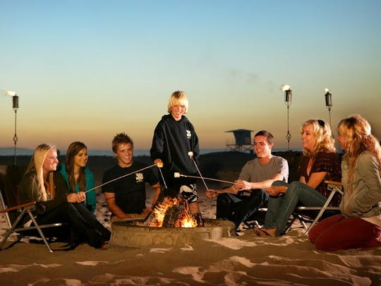 An endless summer tradition is fireside snuggling and s'more roasting on the beach, easily accommodated by the resort's fire pit concierge.