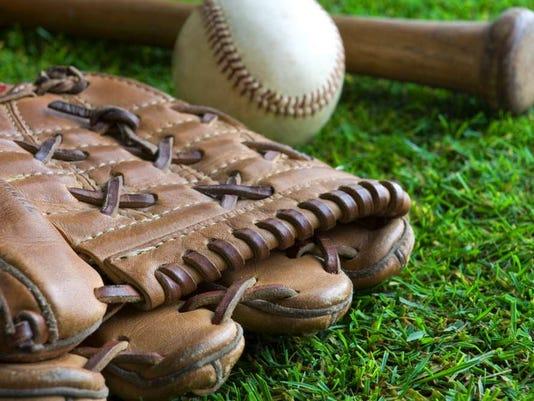 081116-vr-softball.jpg