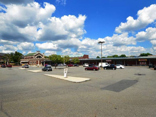 The near-vacant west parking lot at Lackawanna Plaza as seen in 2016.