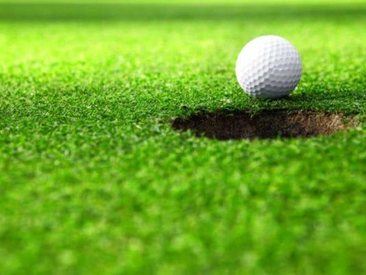 042816-vr-golf.jpg