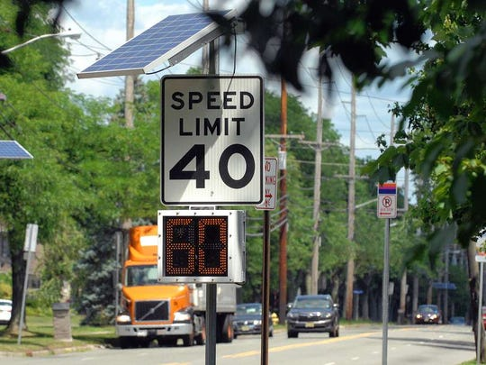 How are speed limits set in New Jersey? Laws, engineering