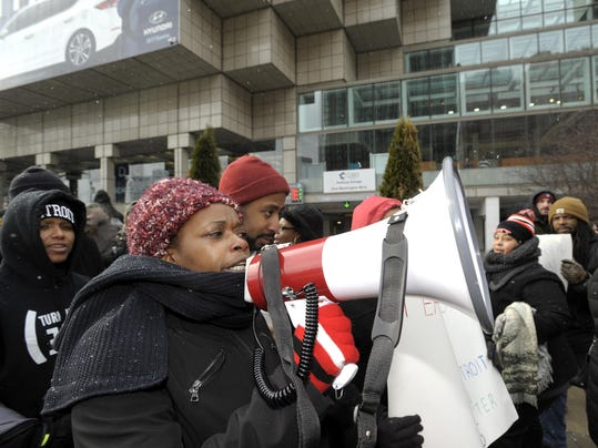 012016-tm-NAIAS Education Day-Protest049