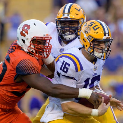 """""""We aren't doing that well right now,"""" LSU center William Clapp after O-line exposed again"""