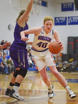 Warner's Laurie Rogers goes against Sully Buttes defense during the game Saturday, Jan. 28, in Warner.