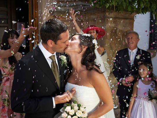 042916wedding-kiss-a